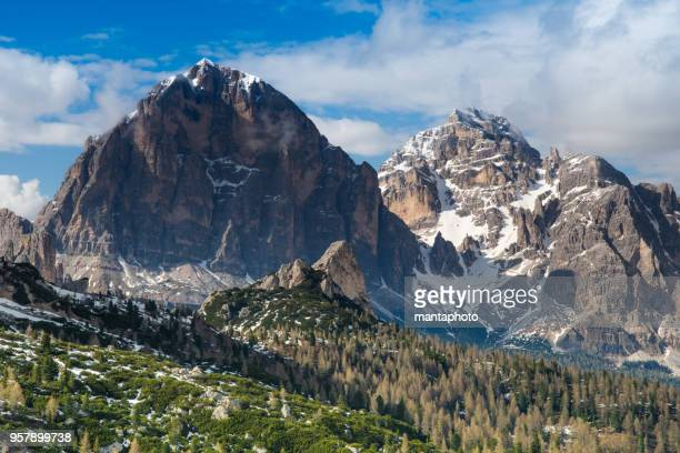 dolomites, italy - dolomites stock pictures, royalty-free photos & images