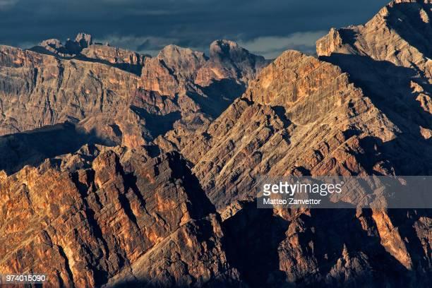 dolomites landscape, italy - dolomiten stock-fotos und bilder
