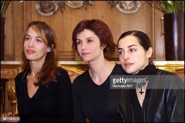 Dolores Chaplin Alessandra Martines and Amira Casar