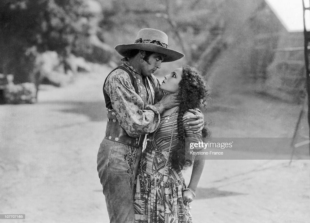 Dolores Del Rio And Leroy Mason In 'Revenge' 1928 : News Photo
