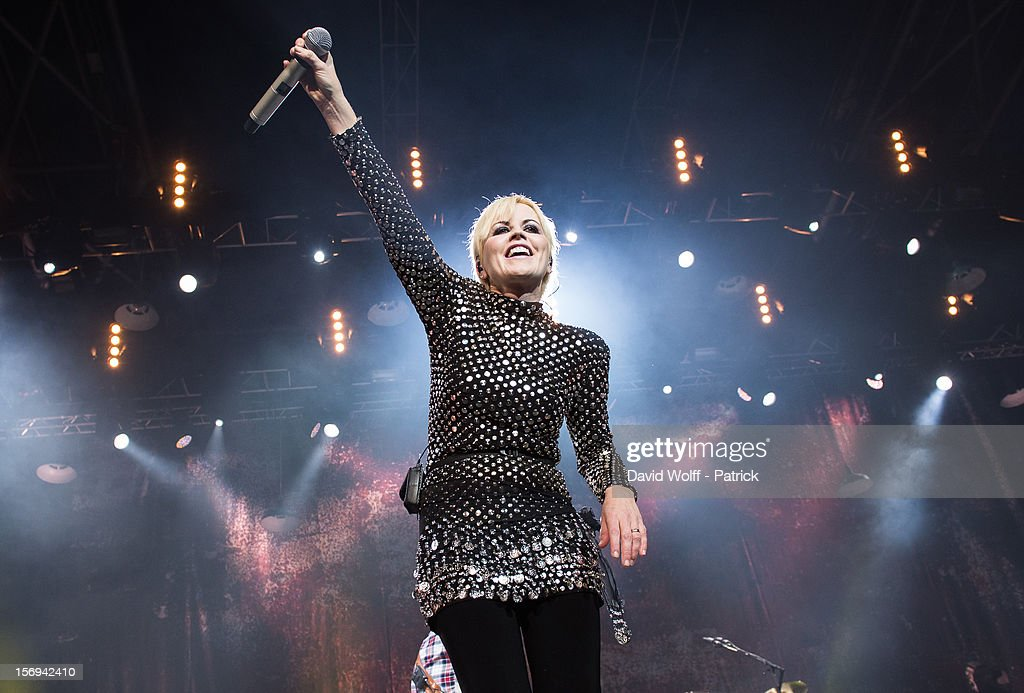 Cranberries In Concert At Le Zenith : News Photo