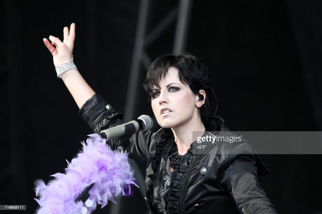 Dolores O'riordan lead singer of Irish rock band The Cranberries performs at Feis Festival in Finsbury Park, in London on June 18, 2011 AFP PHOTO/Olivia Harris
