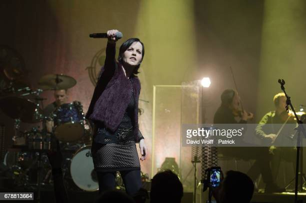 Dolores O'Riordan of The Cranberries performs at L'Olympia on May 4, 2017 in Paris, France.