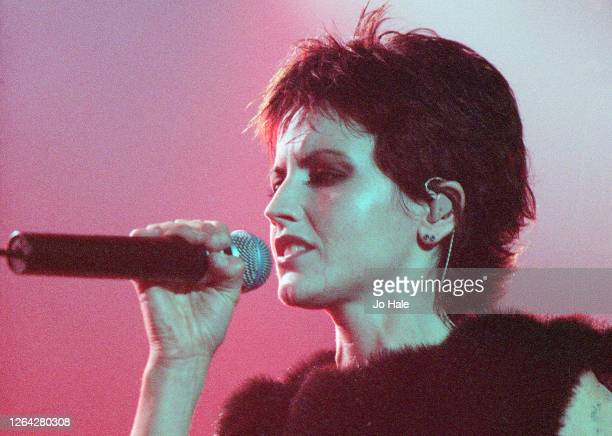 Dolores O'Riordan of The Cranberries performs at Wembley Arena 28 November 1999 in London United Kingdom