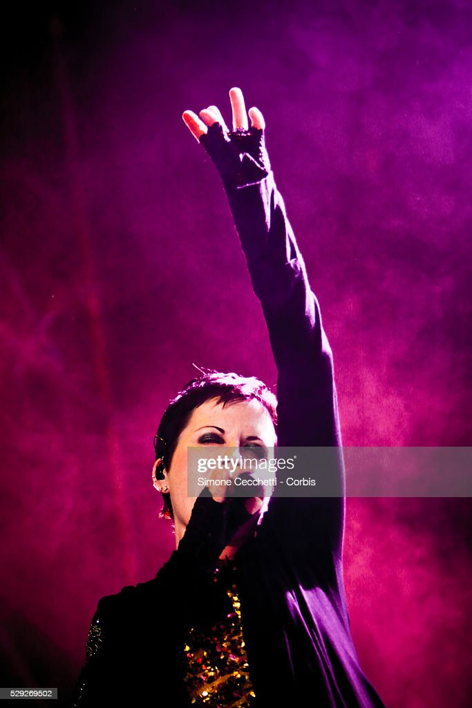 Cranberries singer Dolores O'Riordan dies at 46