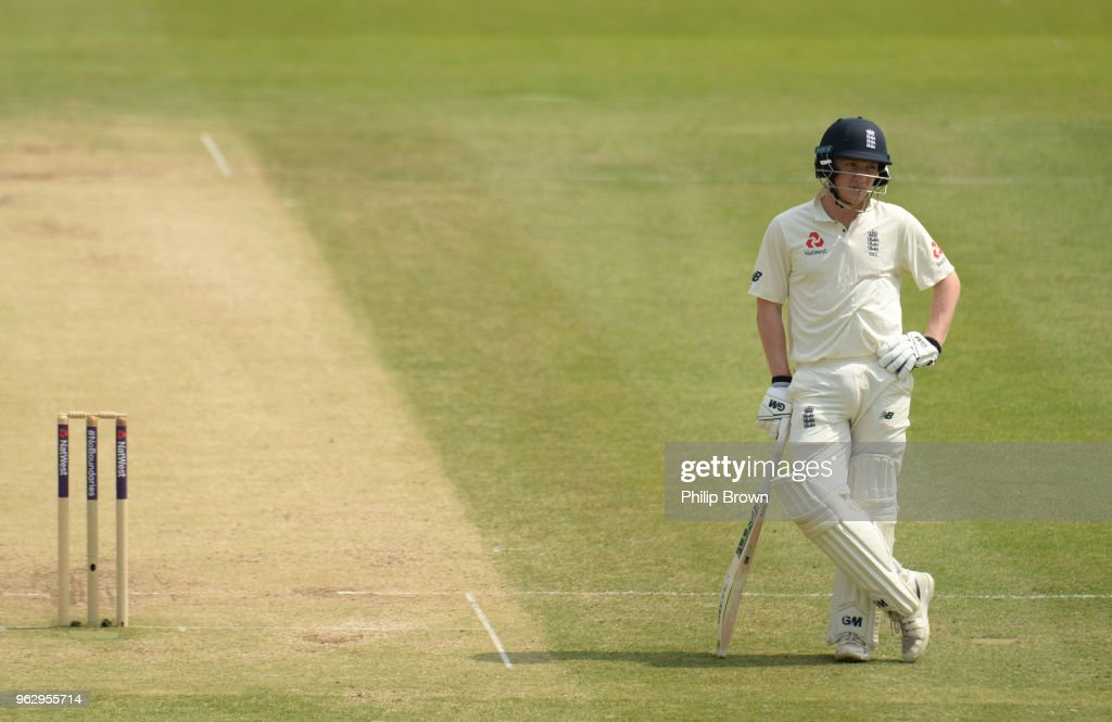 Dom Bess of England looks on during the fourth day of the 1st Natwest Test match between England and Pakistan at Lord's cricket ground on May 27, 2018 in London, England.