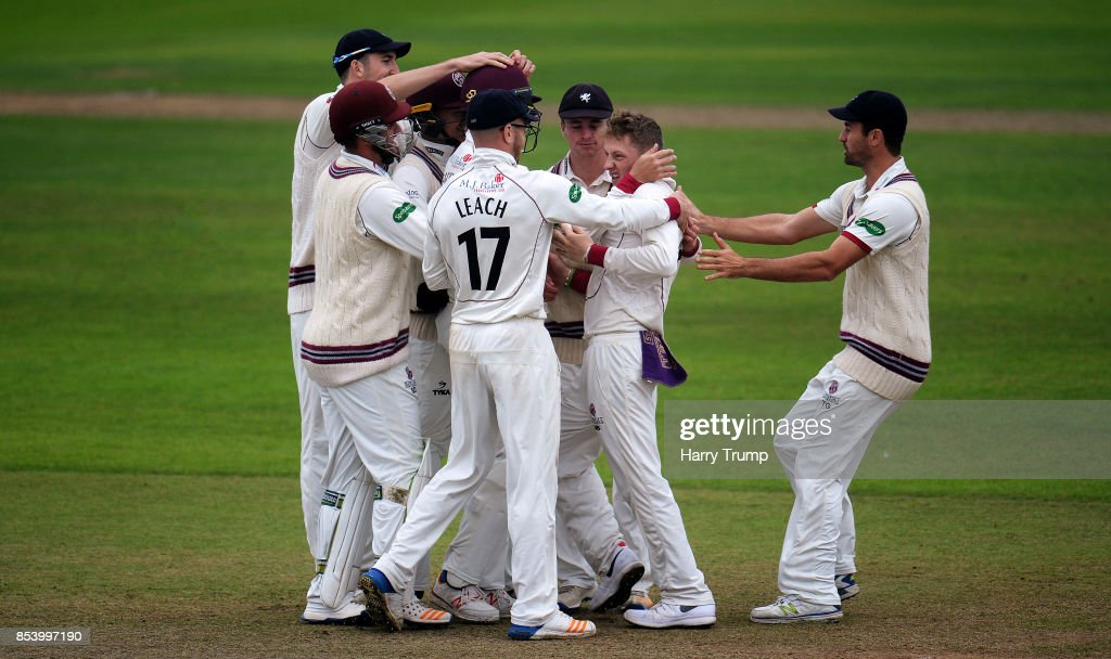 Somerset v Middlesex - Specsavers County Championship: Division One : News Photo