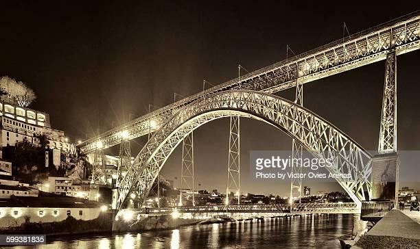 Dom Luis I Bridge at night