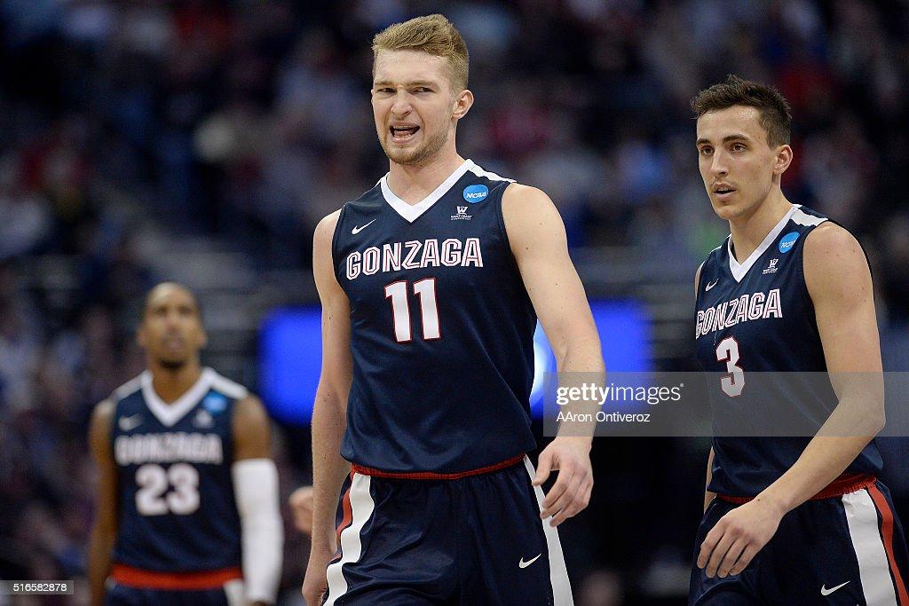 Gonzaga Bulldogs vs Utah Utes second round NCAA Tournament in Denver, Colorado : News Photo