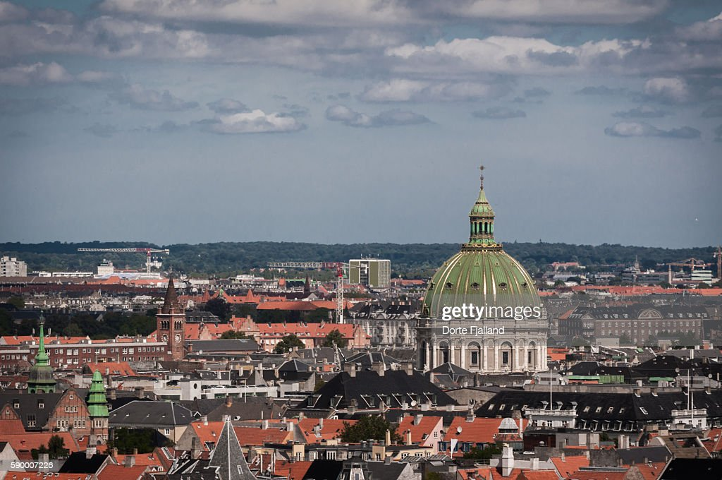Dome of Marble Church and Copenhagen rooftops : Stock-Foto