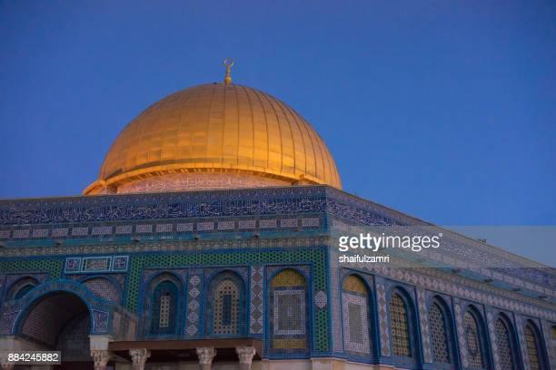 dome of the rock islamic mosque temple mount, jerusalem. - shaifulzamri stock-fotos und bilder