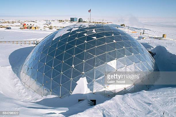 dome of us antarctic base - place of research stock pictures, royalty-free photos & images