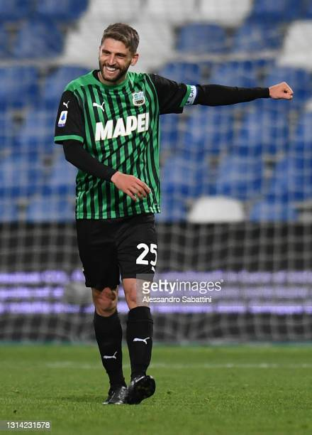 Domenico Berardi of Sassuolo celebrates after scoring their team's first goal during the Serie A match between US Sassuolo and UC Sampdoria at Mapei...
