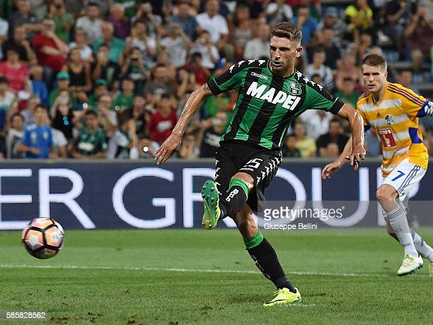 Domenico Berardi of US Sassuolo kicks the penalty and scores the goal 20 during the Third Qualifying Round Europa League between US Sassuolo and FC...