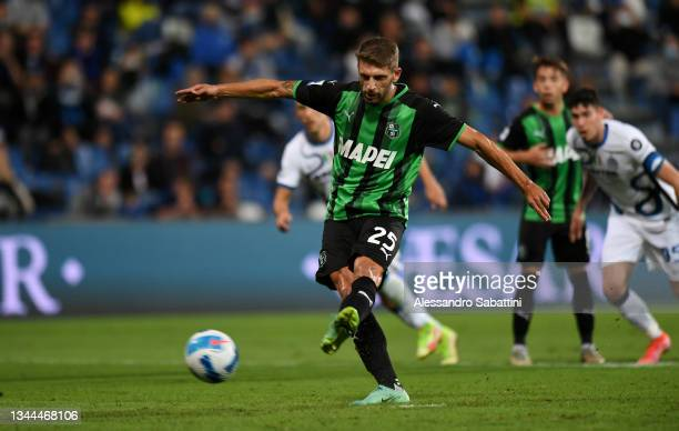 Domenico Berardi of US Sassuolo scores their team's first goal from the penalty spot during the Serie A match between US Sassuolo v FC Internazionale...