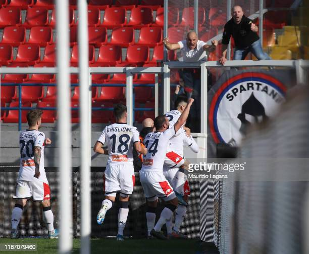 Domenico Criscito of Genoa celebrates after scoring his team's second goal goal during the Serie A match between US Lecce and Genoa CFC at Stadio Via...