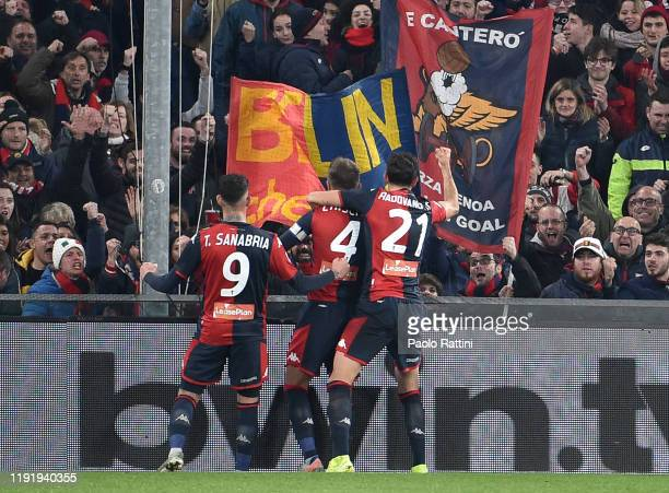 Domenico Criscito of Genoa CFC celebrates after scoring the penalty during the Serie A match between Genoa CFC and US Sassuolo at Stadio Luigi...