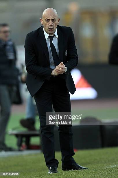 Domenico Di Carlo head coach of AC Cesena gestures during the Serie A match between Empoli FC and AC Cesena at Stadio Carlo Castellani on February 8...