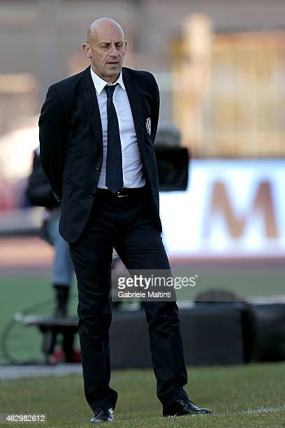 Domenico Di Carlo head coach of AC Cesena looks during the Serie A match between Empoli FC and AC Cesena at Stadio Carlo Castellani on February 8...