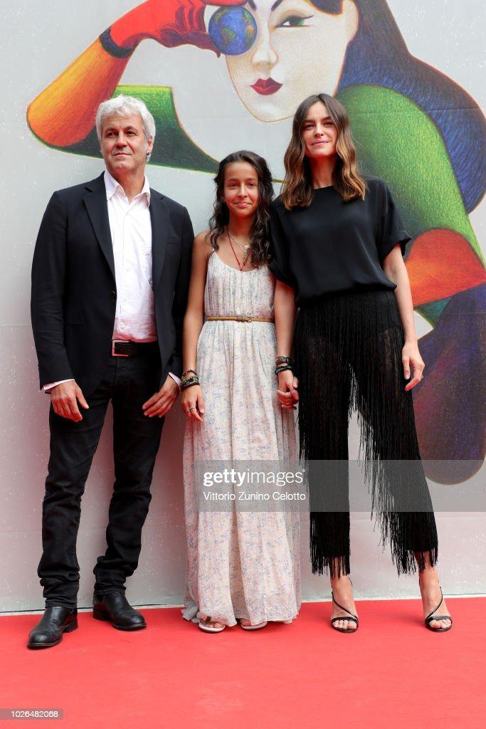 """""""The Armadillo's Prophecy (La Profezia Dell'Armadillo)"""" Red Carpet Arrivals - 75th Venice Film Festival : News Photo"""