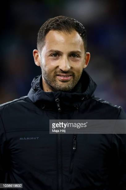Domenico Tedesco Head Coach of FC Schalke 04 looks on prior the Bundesliga match between FC Schalke 04 and FC Bayern Muenchen at VeltinsArena on...