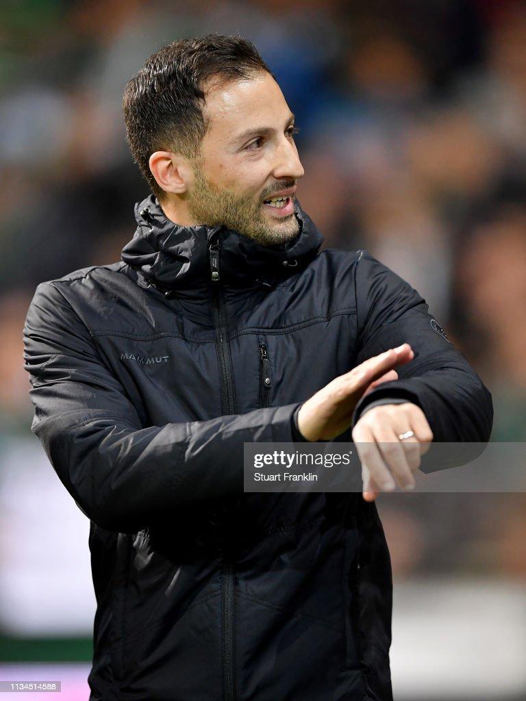 DEU: SV Werder Bremen v FC Schalke 04 - Bundesliga