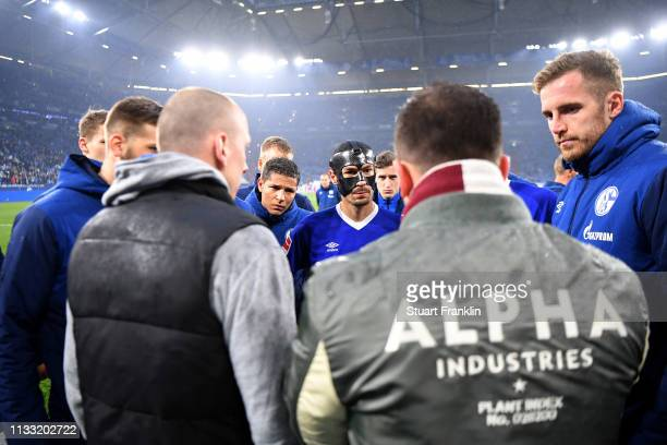 Domenico Tedesco, Manager of FC Schalke 04 speaks to his team after the Bundesliga match between FC Schalke 04 and Fortuna Duesseldorf at...