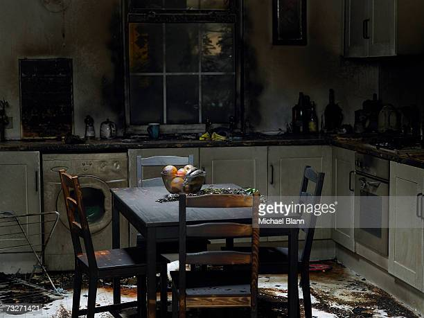 domestic kitchen burnt in fire - fire natural phenomenon stock pictures, royalty-free photos & images