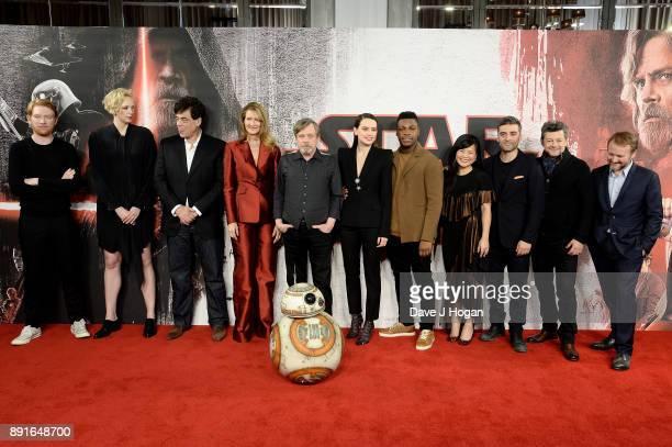 Domhnall Gleeson Gwendoline Christie Benicio Del Toro Laura Dern Mark Hamill Daisy Ridley John Boyega Kelly Marie Tran Oscar Isaac Andy Serkis and...