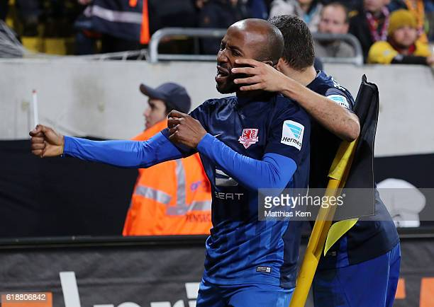 Domi Kumbela of Braunschweig jubilates after scoring the second goal during the Second Bundesliga match between SG Dynamo Dresden and Eintracht...