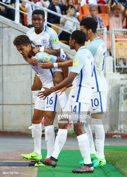Dominic CalvertLewin of England celebrates with team mates as he scores their first goal during the FIFA U20 World Cup Korea Republic 2017 Final...