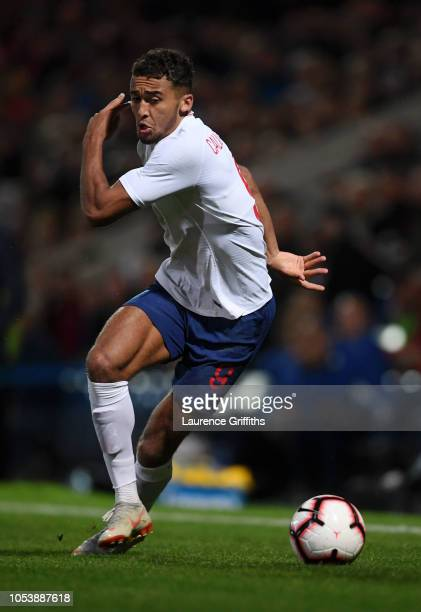 Dominic CalvertLewin of England runs with the ball during the European Under21 Championship Qualifier match between England U21 and Andorra U21 at...