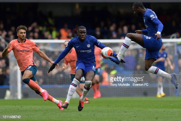 Dominic Calvert-Lewin of Everton and Kurt Zouma and Antonio Rudiger during the Premier League match between Chelsea and Everton at Stamford Bridge on...