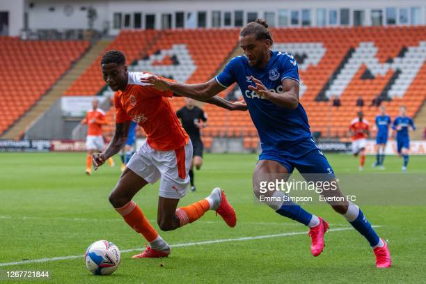 Dominic Calvert-Lewin of Everton battles for the ball during the pre-season friendly match between Blackpool and Everton at Bloomfield Road on August...
