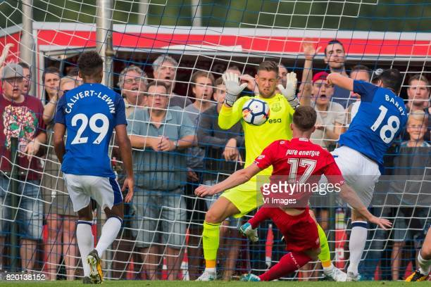 Dominic CalvertLewin of Everton FC goalkeeper Maarten Stekelenburg of Everton FC Marko Kvasina of FC Twente Gareth Barry of Everton FC during the...