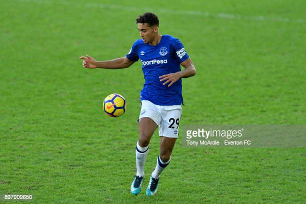 Dominic CalvertLewin of Everton on the ball during the Premier League match between Everton and Chelsea at Goodison Park on December 23 2017 in...