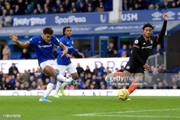 Dominic CalvertLewin of Everton shoots to score during the Premier League match between Everton and Chelsea at Goodison Park on December 7 2019 in...