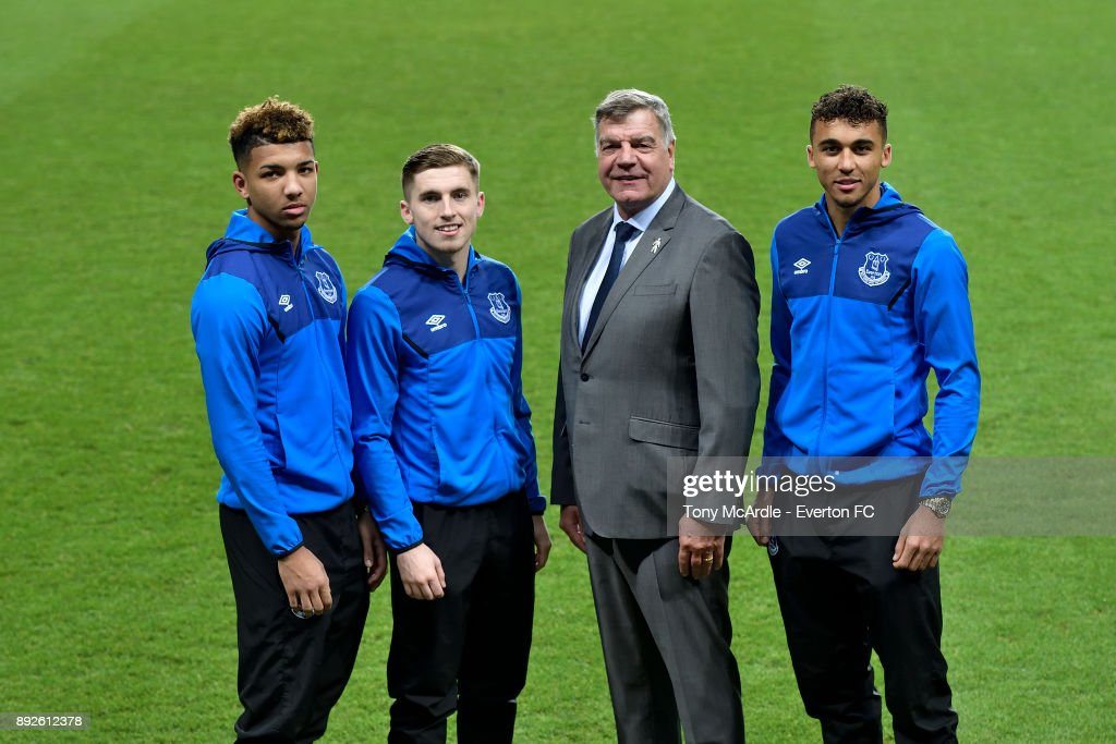 Dominic Calvert-Lewin Signs a New Contract at Everton