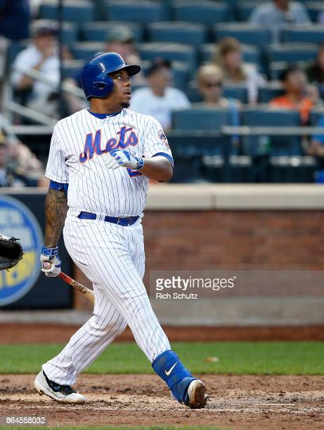 Dominic Smith of the New York Mets in action during the first game of a double header against the Atlanta Braves at Citi Field on September 25 2017...