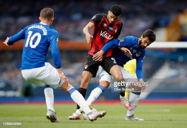 Dominic Solanke of AFC Bournemouth battles for possession with Andre Gomes of Everton during the Premier League match between Everton FC and AFC...