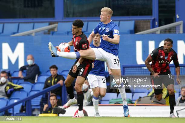 Dominic Solanke of Bournemouth holds off Jarrad Branthwaite of Everton during the Premier League match between Everton FC and AFC Bournemouth at...