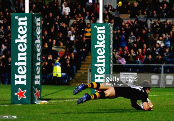 Dominic Waldouck of Wasps scores a try during the Heineken Cup round five pool one match between London Wasps and Perpignan at The Causeway Stadium...