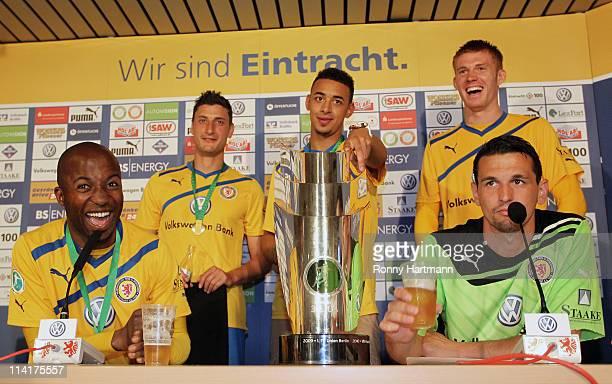 Dominick Kumbela, Benjamin Fuchs, Karim Bellarabi, Mathias Fetsch and goalkeeper Marjan Petkovic of Braunschweig joke after the Third League match...