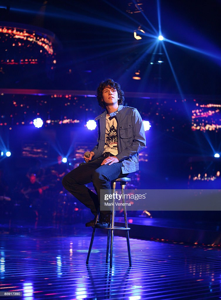 Dominik Buechele performs his song during the rehearsel for the singer qualifying contest DSDS 'Deutschland sucht den Superstar' 5th motto show on April 11, 2009 in Cologne, Germany.