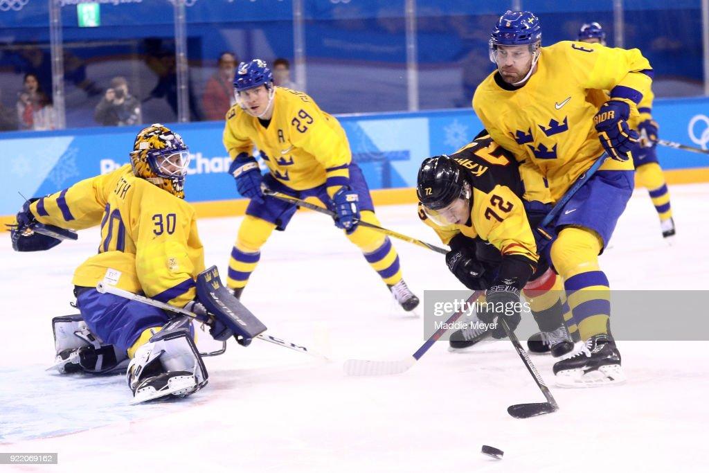 Ice Hockey - Winter Olympics Day 12 : News Photo