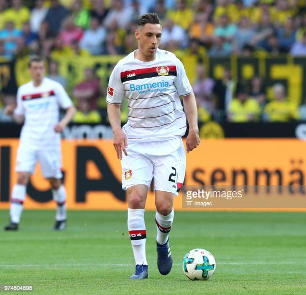 Dominik Kohr of Leverkusen controls the ball during the Bundesliga match between Borussia Dortmund and Bayer 04 Leverkusen at Signal Iduna Park on...