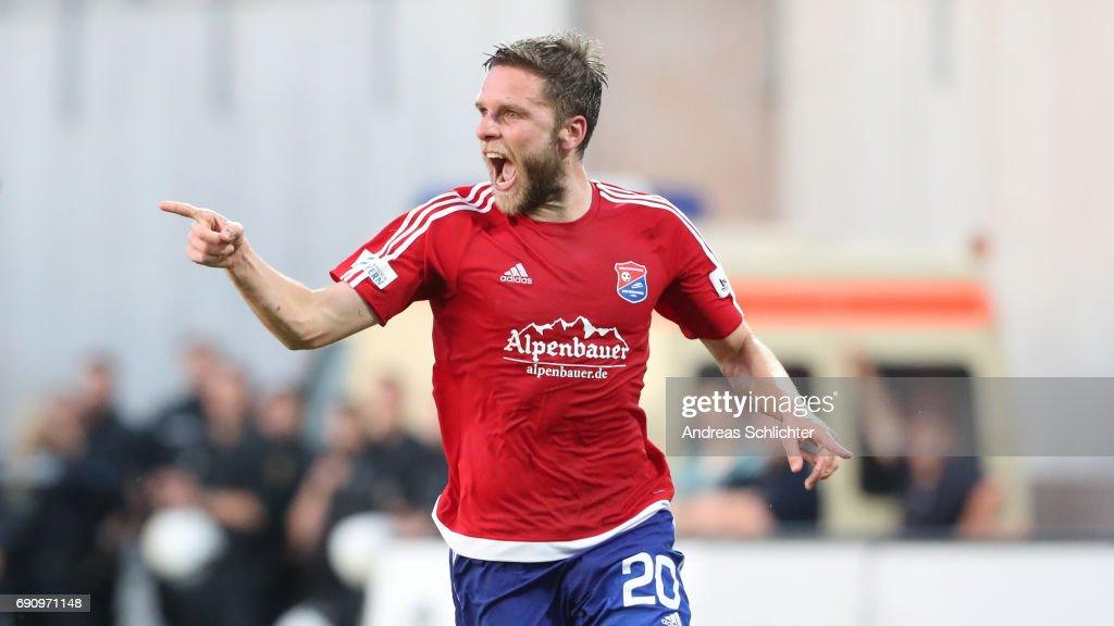 SV 07 Elversberg v SpVgg Unterhaching - Relegation Regionalliga Play Off Leg 2 : Nachrichtenfoto