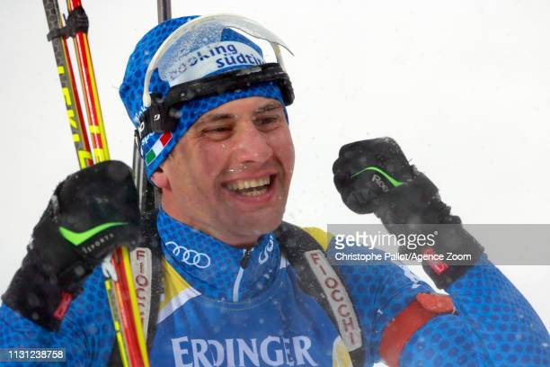 Dominik Windisch of Italy wins the gold medal during the IBU Biathlon World Championships Men's and Women's Mass Start on March 17 2019 in Oestersund...