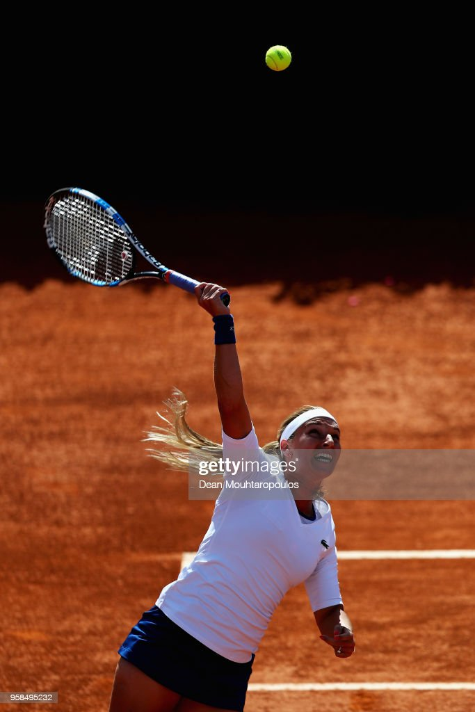 Dominika Cibulkova of Slovakia serves in her match against Francesca Schiavone of Italy during day two of the Internazionali BNL d'Italia 2018 tennis at Foro Italico on May 14, 2018 in Rome, Italy.