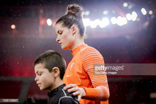 Dominique Bloodworth of Holland Women during the International Friendly Women match between Holland v Brazil at the Stade du Hainaut on March 4, 2020...